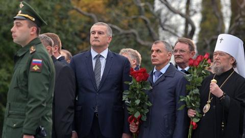 Аксенов назвал важным событием открытие памятника Александру III