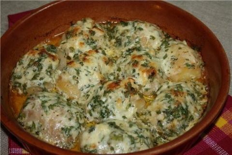 Картошка, запеченная в чесночном масле