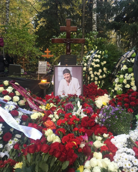 На похоронах Дмитрия Марьяно…