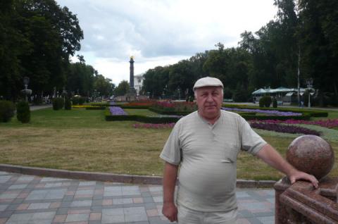 Николай Богатырь