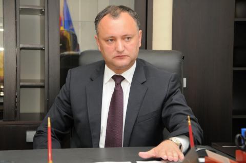 Президент Молдавии Додон пот…