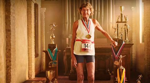Для тех, кто любит придумывать себе оправдания...немножко мотивации от 86-летней Мадонны Бьюдер!
