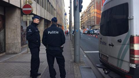 Новости мира: автомобиль сбил людей в Бельгии — СМИ