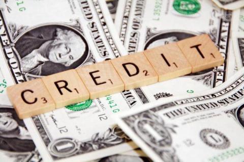 Какие банки дают кредит безработным? Кредит безработному по паспорту