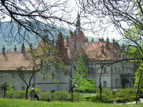 Замок графа Шенборна.
