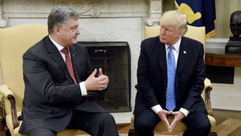 """Пока Порошенко отбивал """"чече…"""