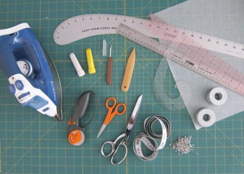 Инструменты для выкроек и раскроя