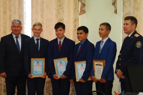 Четыре школьника из Башкирии…