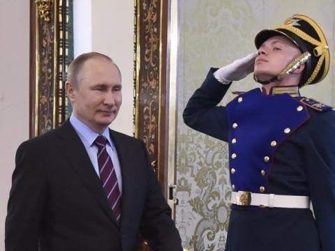 Путин подшутил над стремлени…