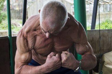 В свои 70 лет он выглядит ма…