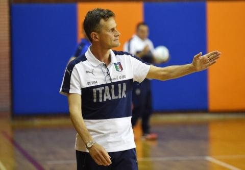 Тренер сборной Италии провед…