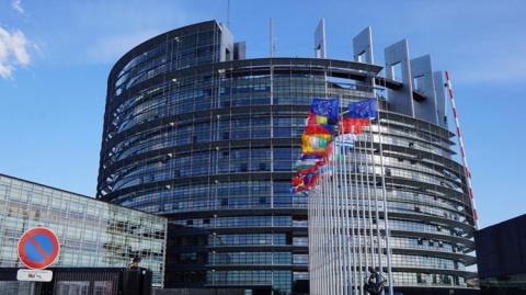 Премьер Италии убедил ЕС отк…