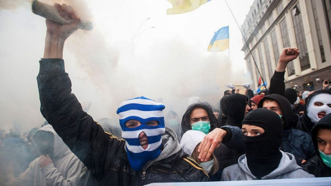 Непокорные радикалы: почему на Украине националисты начали захватывать горсоветы. Николай Подкопаев