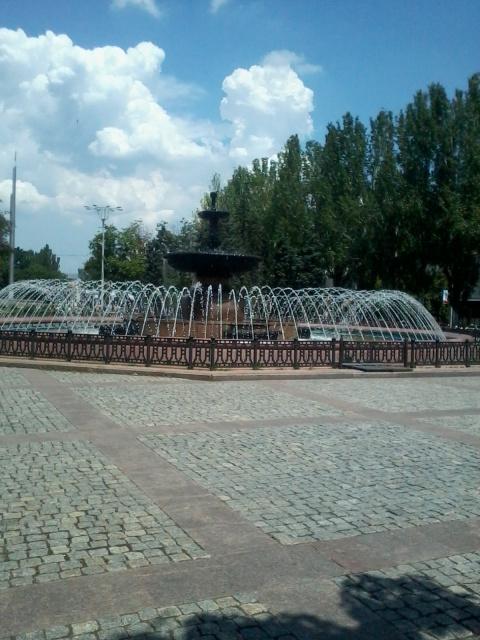 Донецк – лето…  Наконец киевская хунта и пришла к стенке.