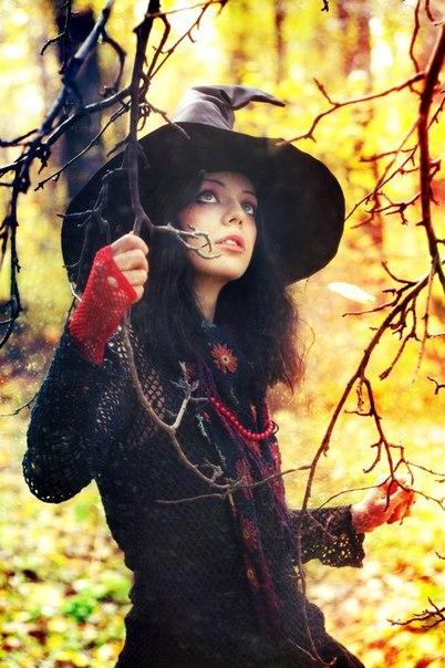Виолетта Крымская: Ведьма-эт…