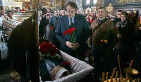 Вороненкова похоронили на кл…