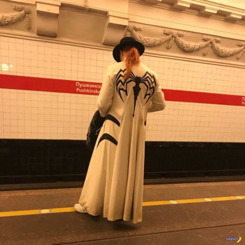 Модники в метро – 8