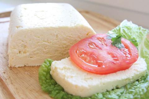 Секрет приготовления адыгейского сыра у себя на кухне