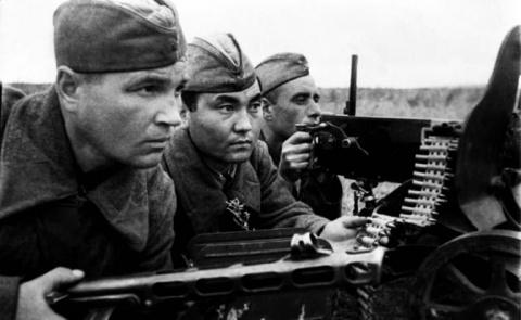 Лето 1942-го: Второй фронт, …
