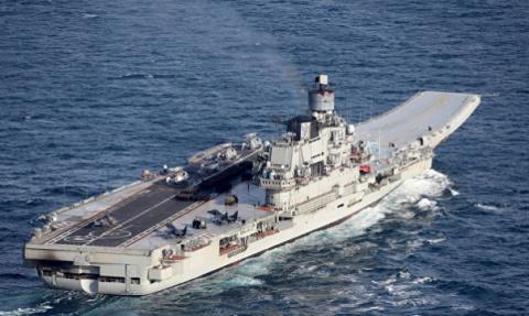 Командир «Адмирала Кузнецова»: крейсер сопровождали 60 кораблей стран НАТО