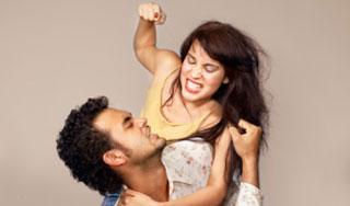 Насилие в семье. Будут ли штрафовать жену, бьющую своего мужа?