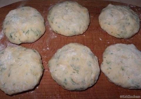 Котлеты из картофеля, сыра и…