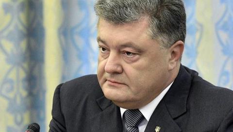 Дело против президента: суд обязал СБУ проверить Порошенко на госизмену