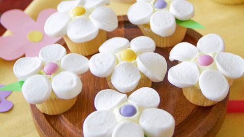 Кексы «Ромашки»: рецепт десе…