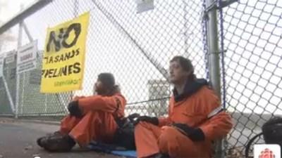 Greenpeace устроила акцию пр…