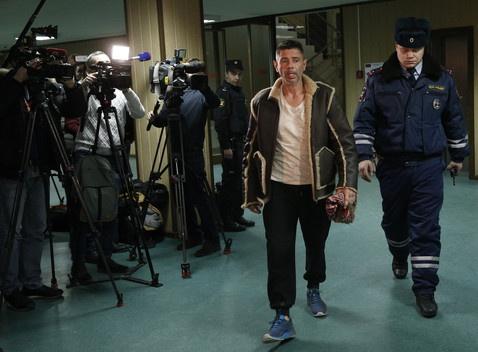 Валерий Николаев лечился от …