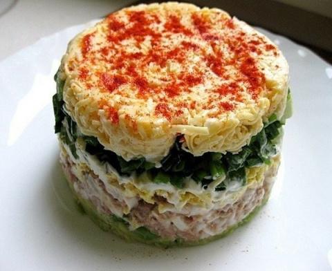 Легкий, пикантный салат «Вод…