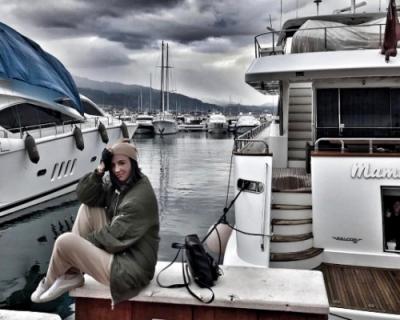 Ольга Бузова на отдыхе ищет …