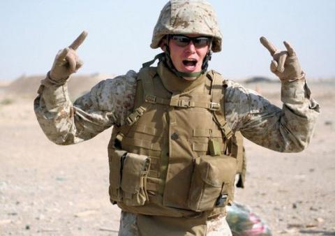 Американский солдат: Россия …