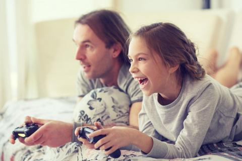 Можно ли оставить 10-летнюю дочь одну дома ради того, чтобы уйти к любовнице?