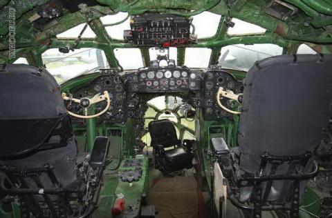 Ровно через год будет 60 лет первому полету Ту-104. История серии
