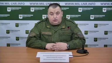 ВСУ продолжают обстреливать ЛНР и стягивать технику, — Филипоненко