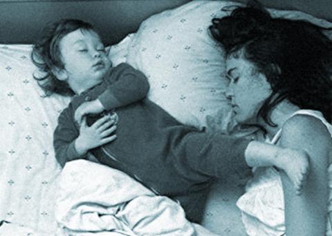 Пять бесполезных советов молодым матерям