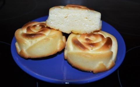 Воздушные сырники без муки в духовке: просто и вкусно!