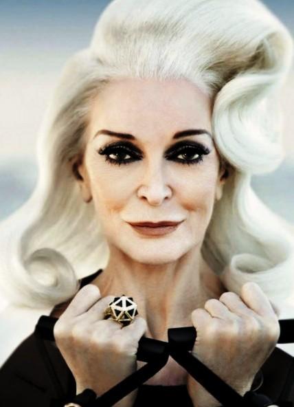 Правда ли, что чем старше женщина - тем короче должны быть волосы?