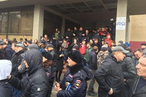Навальный в Саратове побоялс…