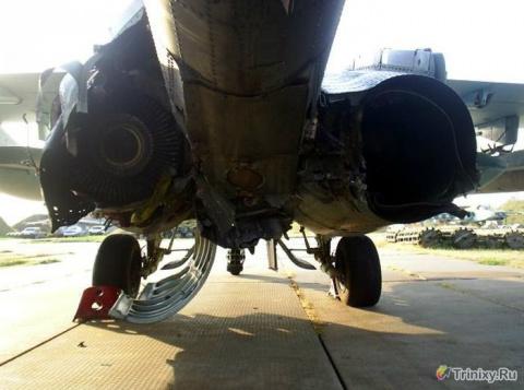 Героическая посадка подбитого Су-25