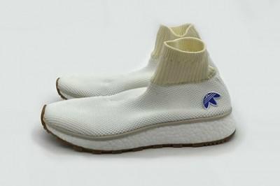 Дизайнер Александр Вонг сшил кроссовки с носками