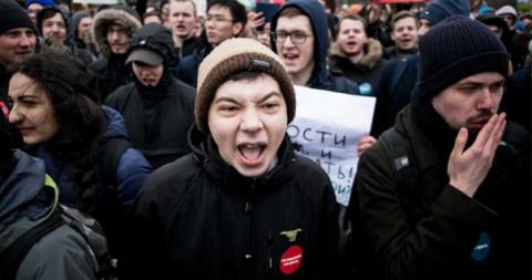 - Идёшь на митинг Навального…