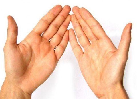 Определяем симптомы болезни по рукам