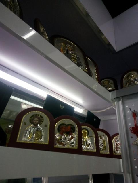 """Откуда берутся """"сувениры"""" в храмах"""