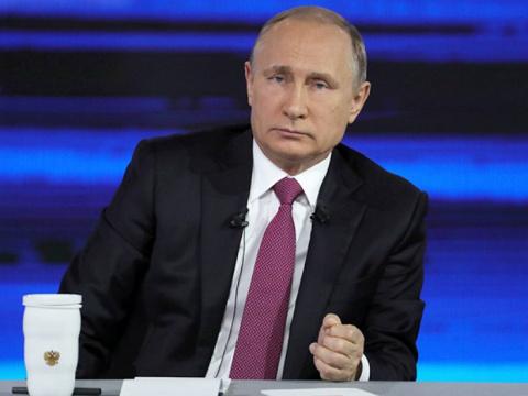 Путин пообещал открытие Крымского моста в срок