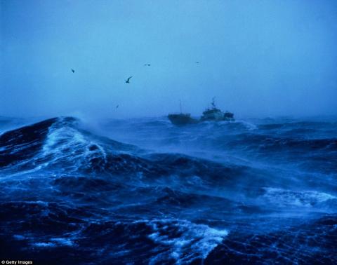 Гнев Посейдона: фотографии, которые могут навсегда отбить у вас желание путешествовать по морю