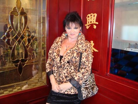 В китайском ресторане.