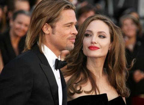 Джоли не намерена разлучатьс…