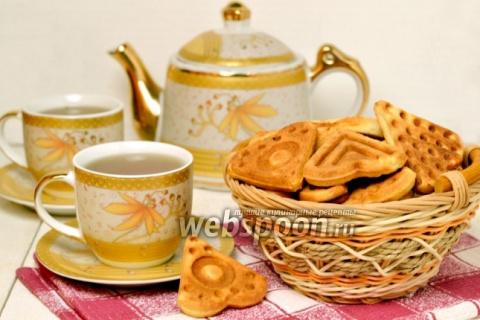 Печенье в «вафельнице» на плите